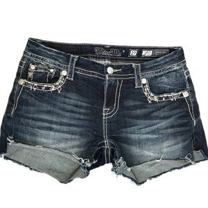 MISS ME Standard Easy Distressed Jean Shorts